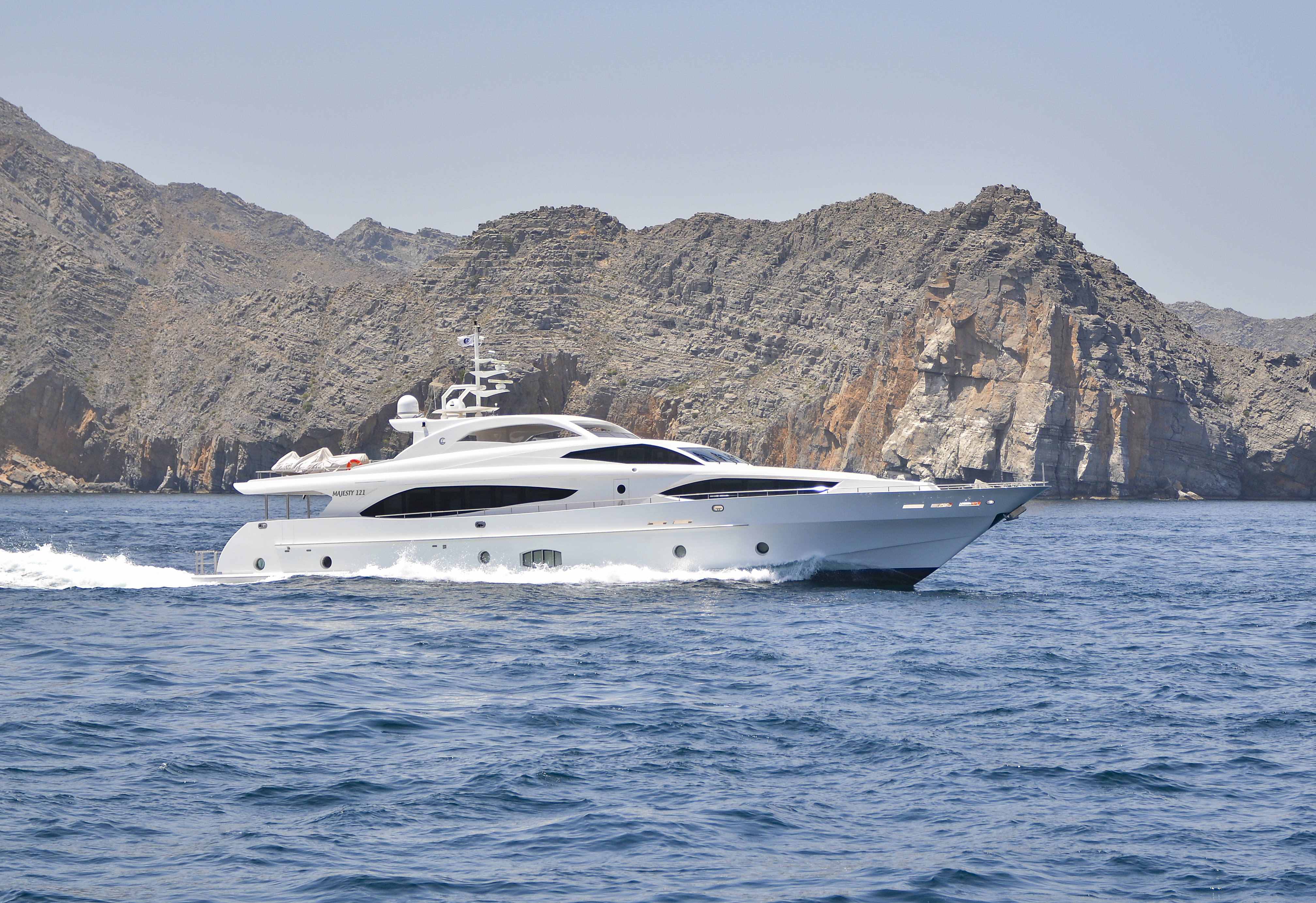 Majesty 121 Pre Owned