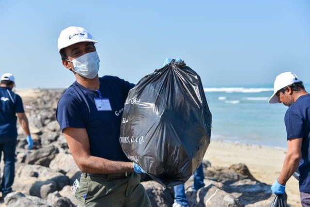 Umm Al Quwain beach clean-up (8).jpg
