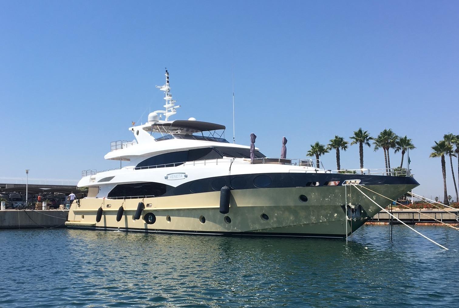 Majesty 125 M/Y Veneta