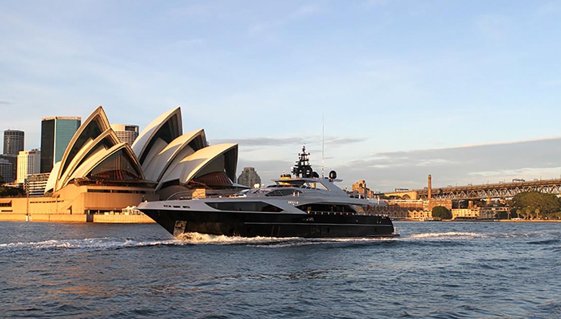Majesty 122 Ghost II Sydney.jpg