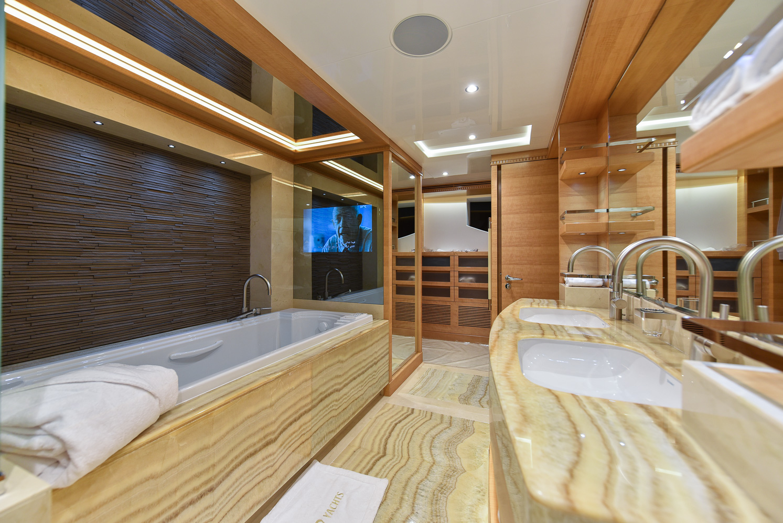 Owner's En Suite (1)