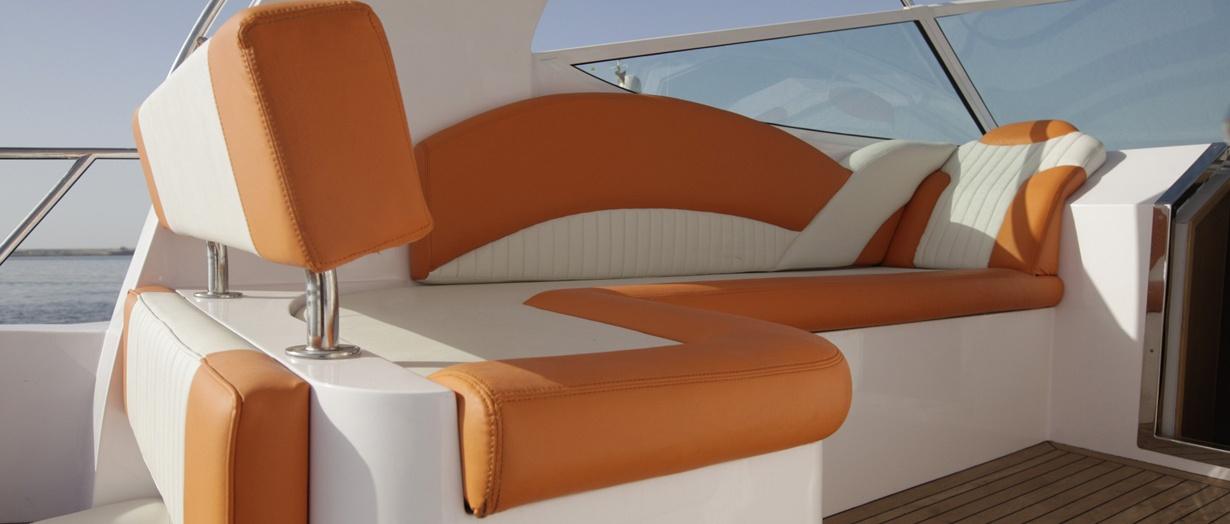 oryx-36-seating-area.jpg