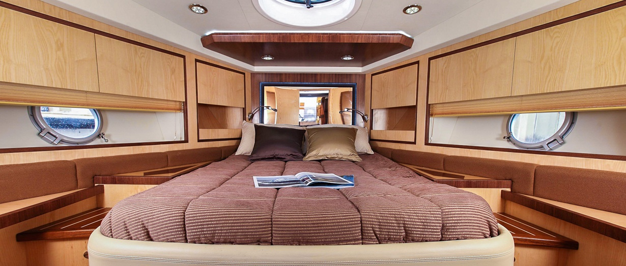oryx-42-owners-cabin.jpg