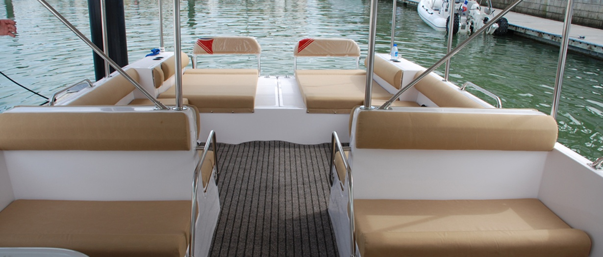 Exterior of the Touring 36 by Gulf Craft