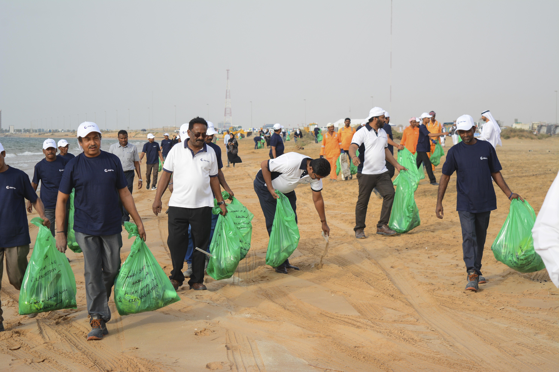 Gulf Craft Beach Clean up 2018 (6)
