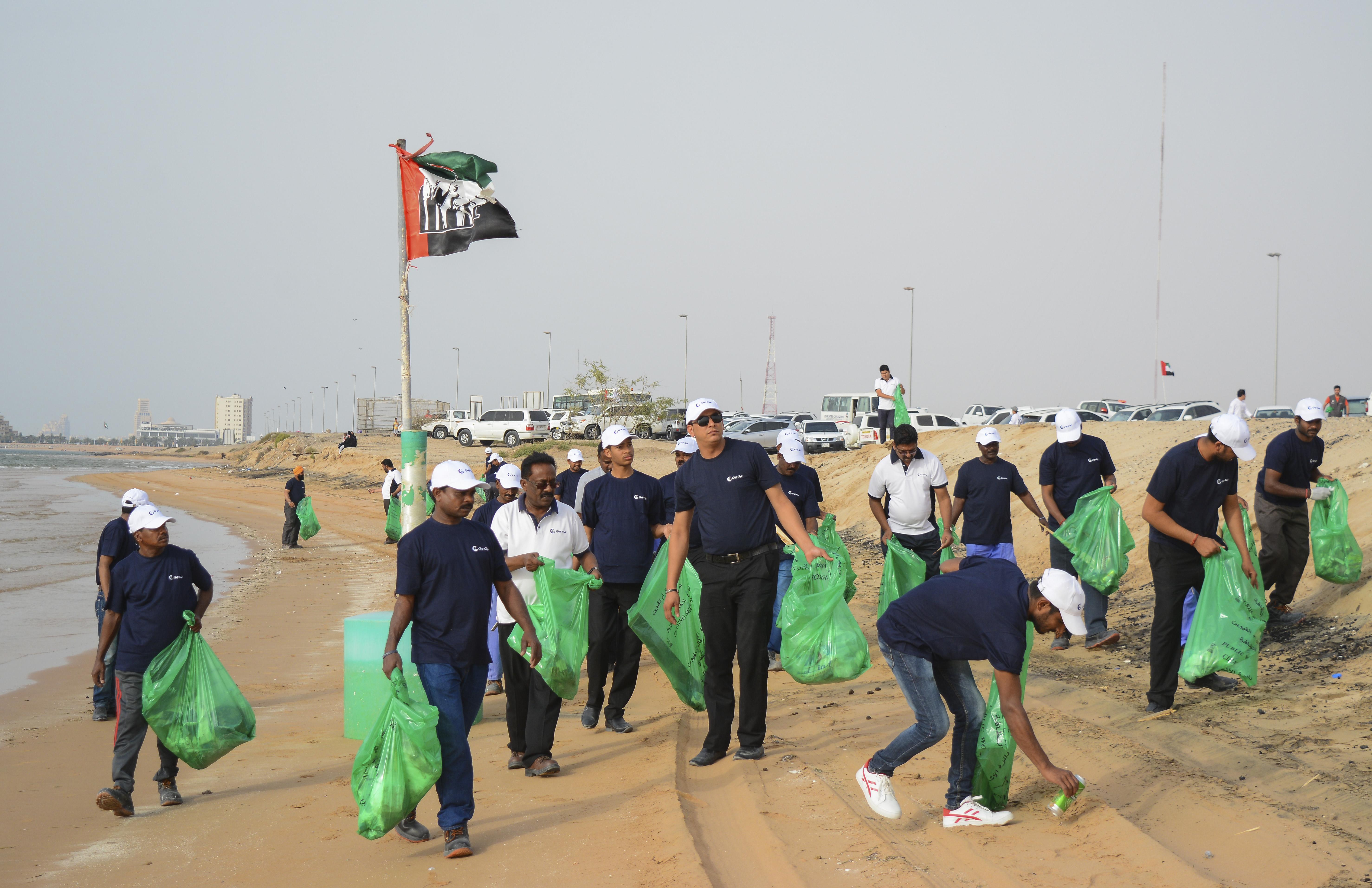 Gulf Craft Beach Clean up 2018 (4).jpg