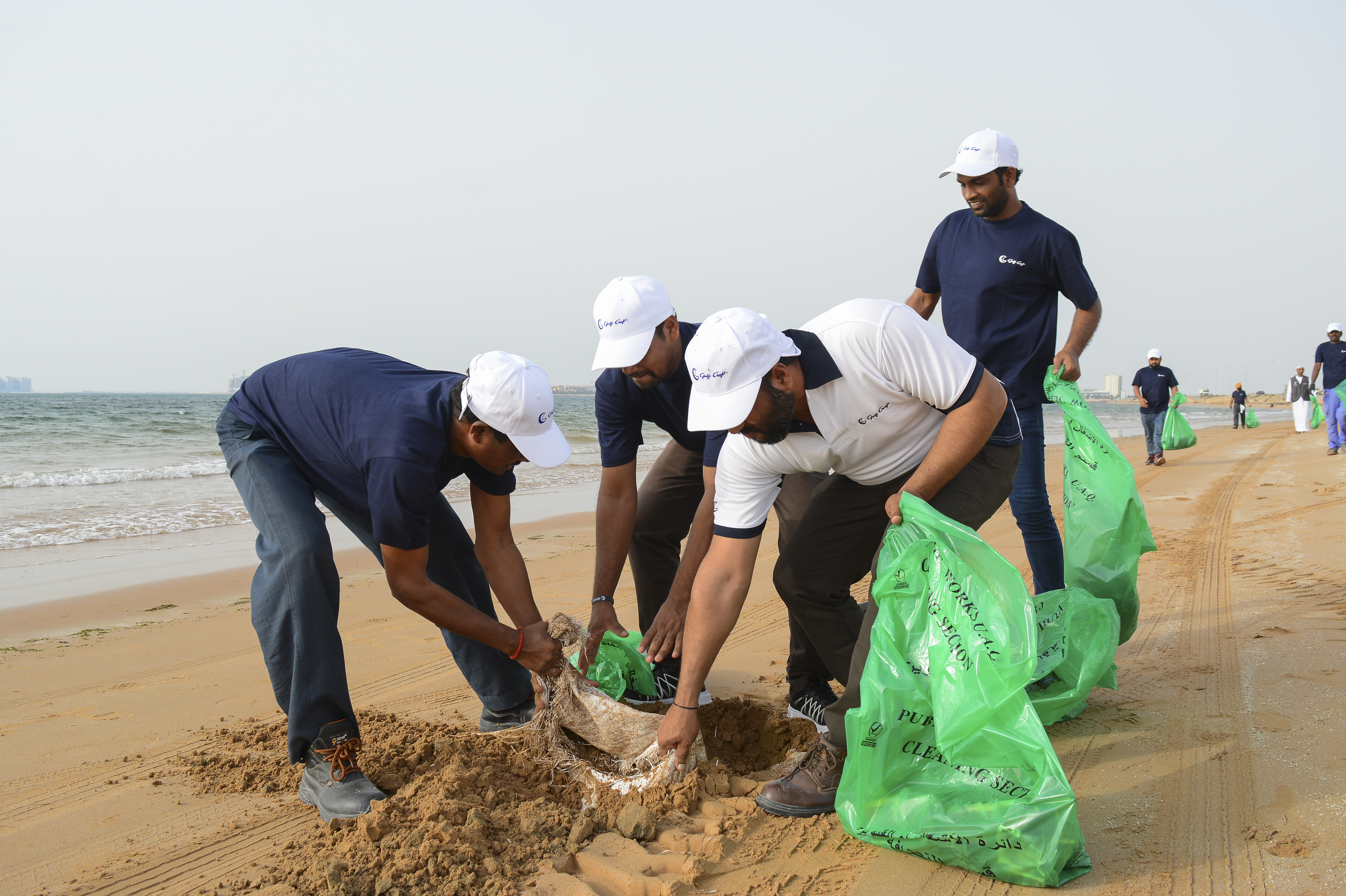 Gulf Craft Beach Clean up 2018 (5).jpg