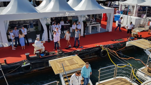 Cannes Yachting Festival 2017 Day 3 (9).jpg