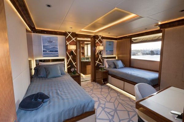 Twin Guest Stateroom (2)-1.jpg