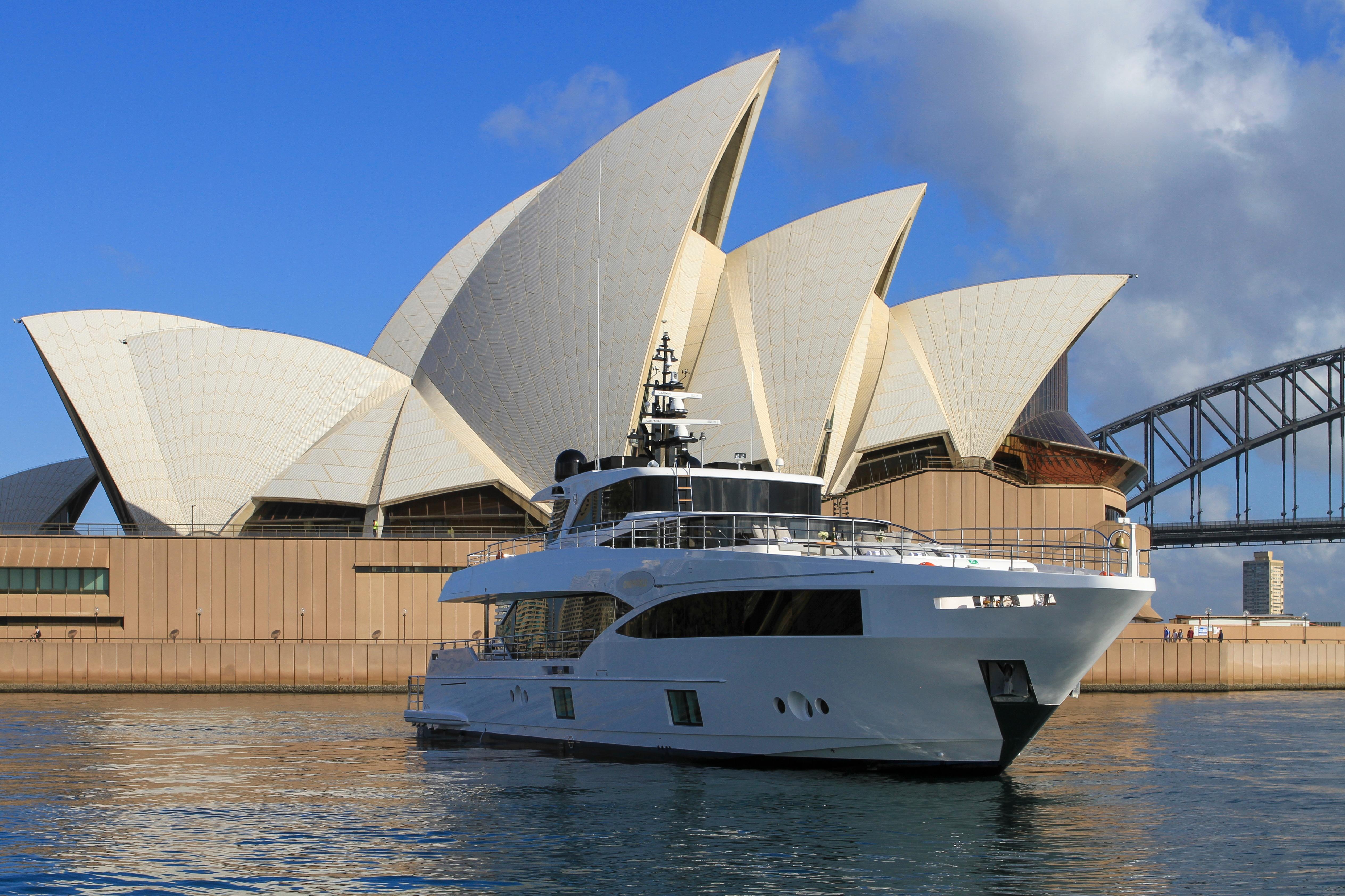 Majesty 100-3 MY Oneworld Sydney Harbour 7 April 2018 Richard Morris Australian Superyachts (199).jpg