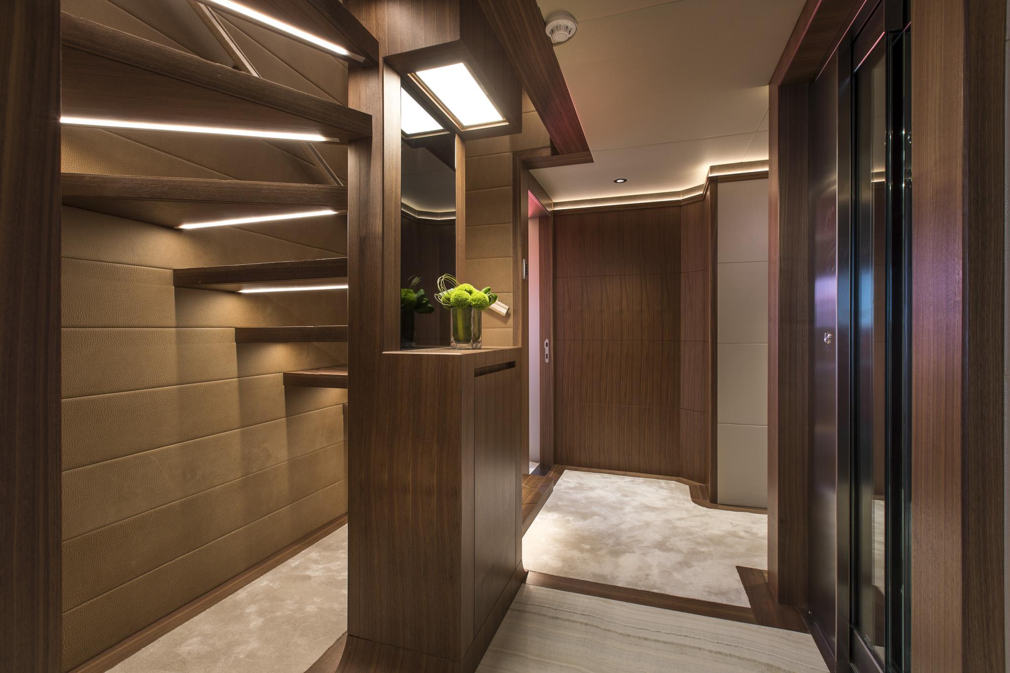Lower Deck Lobby (6).jpg