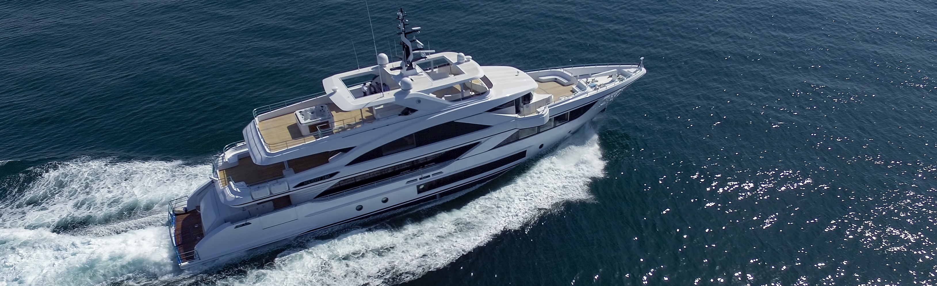 Majesty-140-profile
