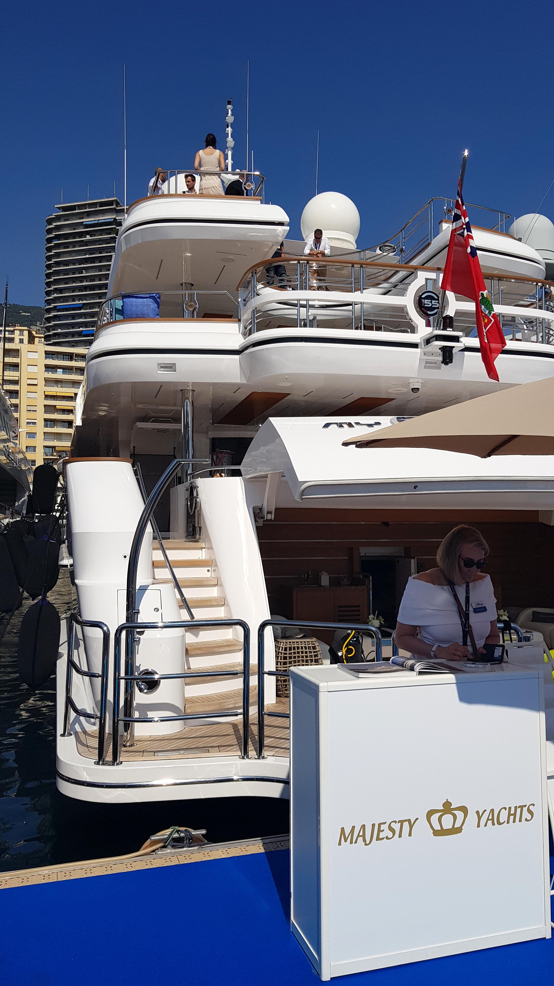 Majesty-155-at-the-Monaco-Yacht-Show-2017.jpg