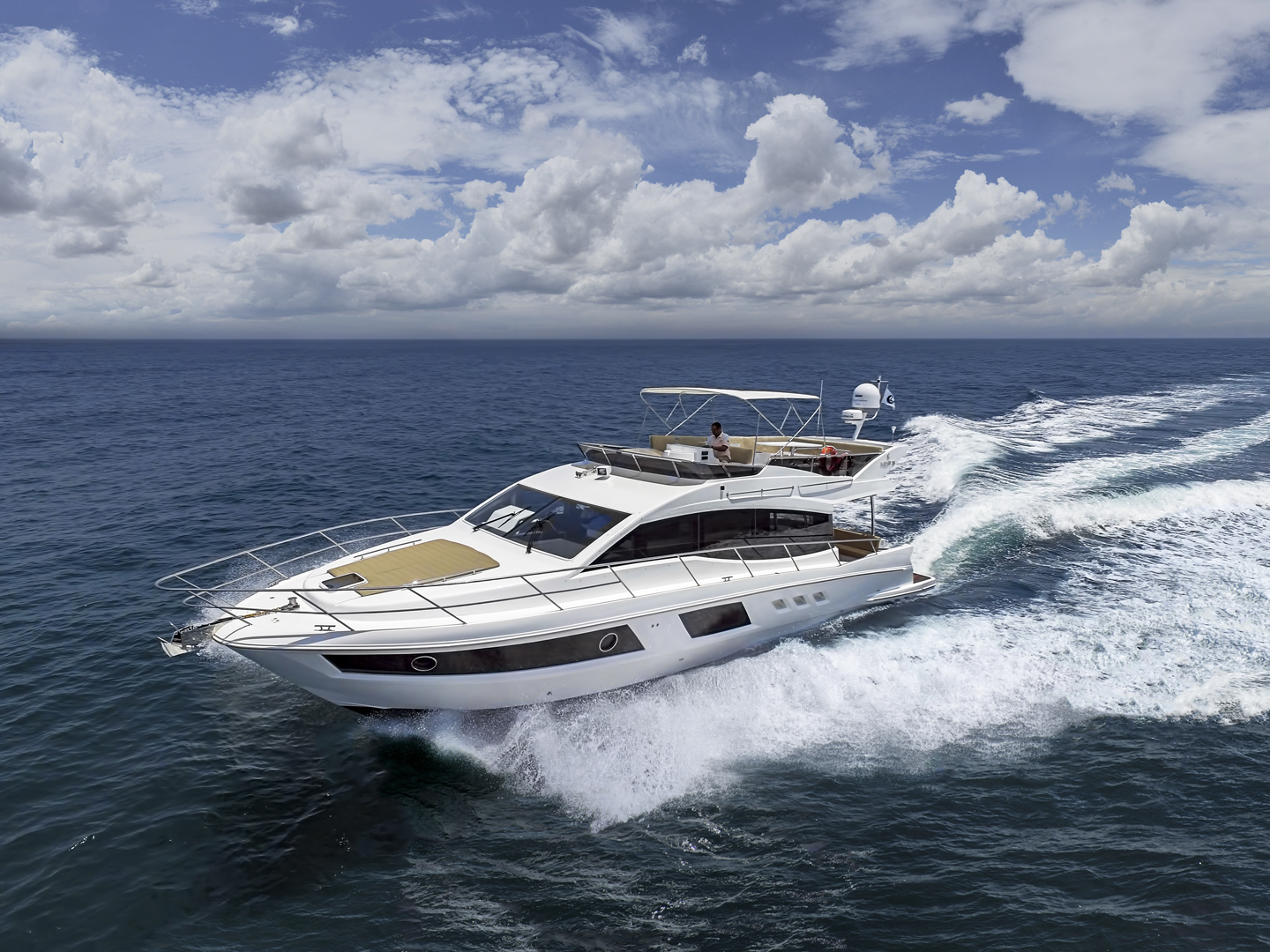 Majesty 48 - redefining the idea of 'home' space