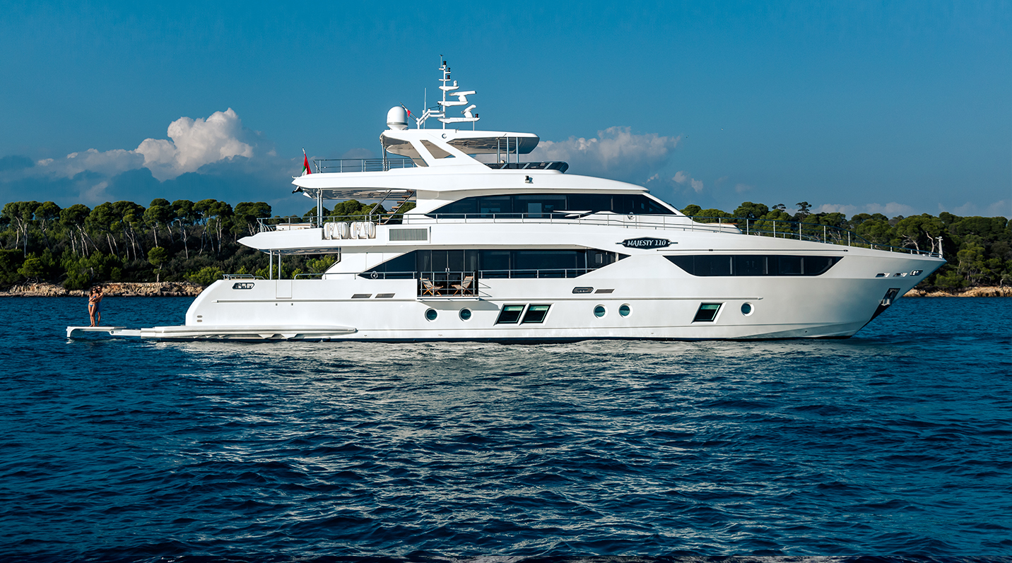 Majesty yachts - Brilliantly designed for the quintessential owners