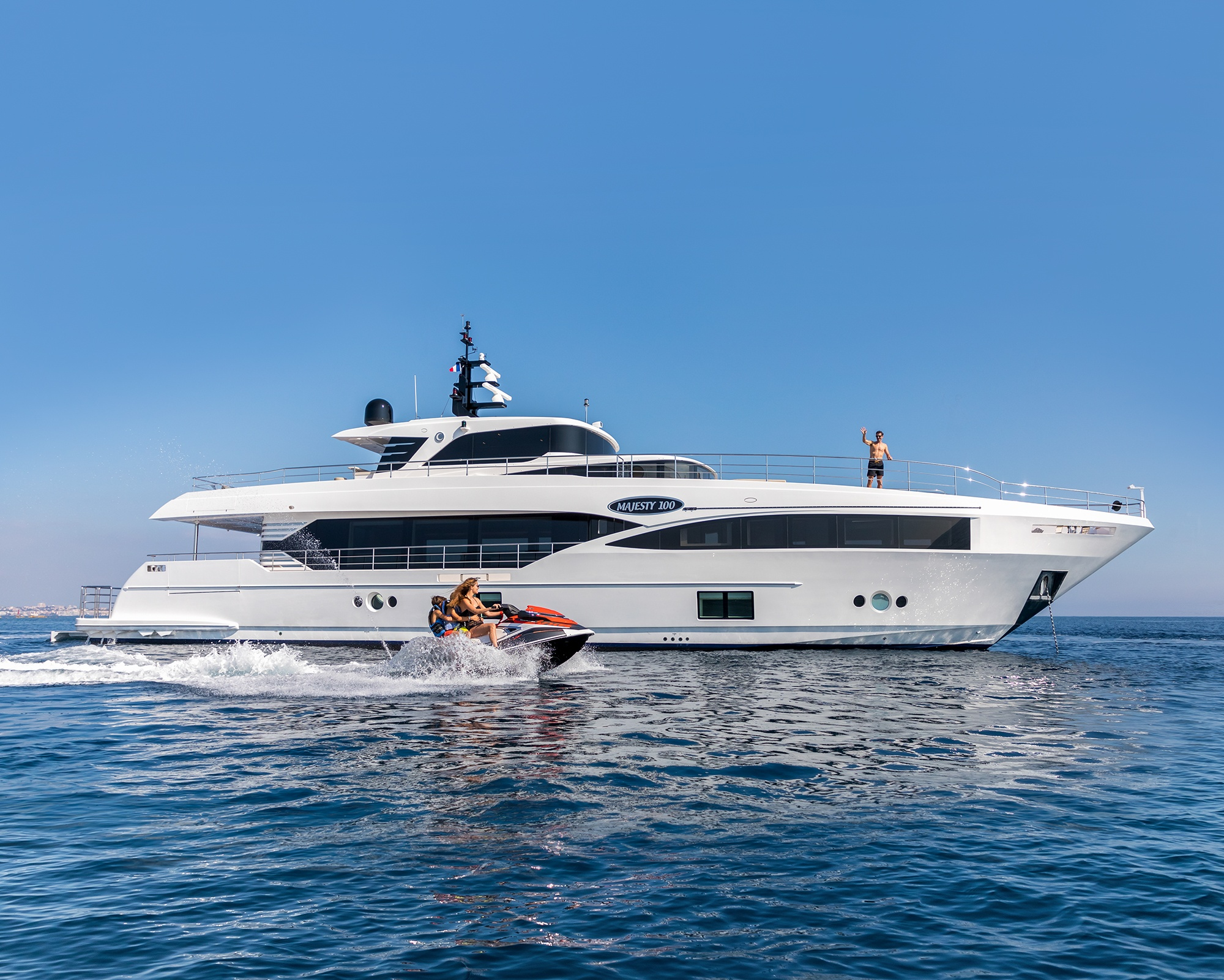 Living in style with the Majesty 100 superyacht