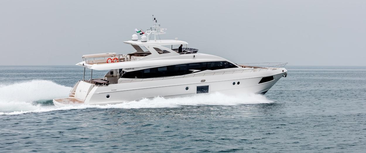 The superb Majesty 90 by Gulf Craft