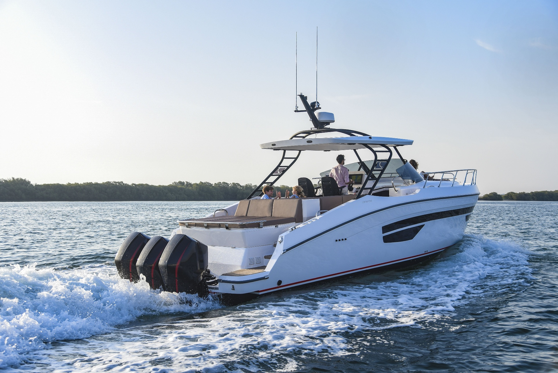 Oryx 379 - merging power & performance with exceptional styling